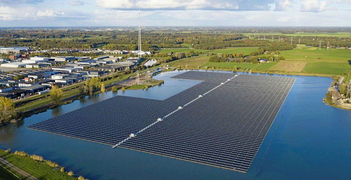 A floating solar farm