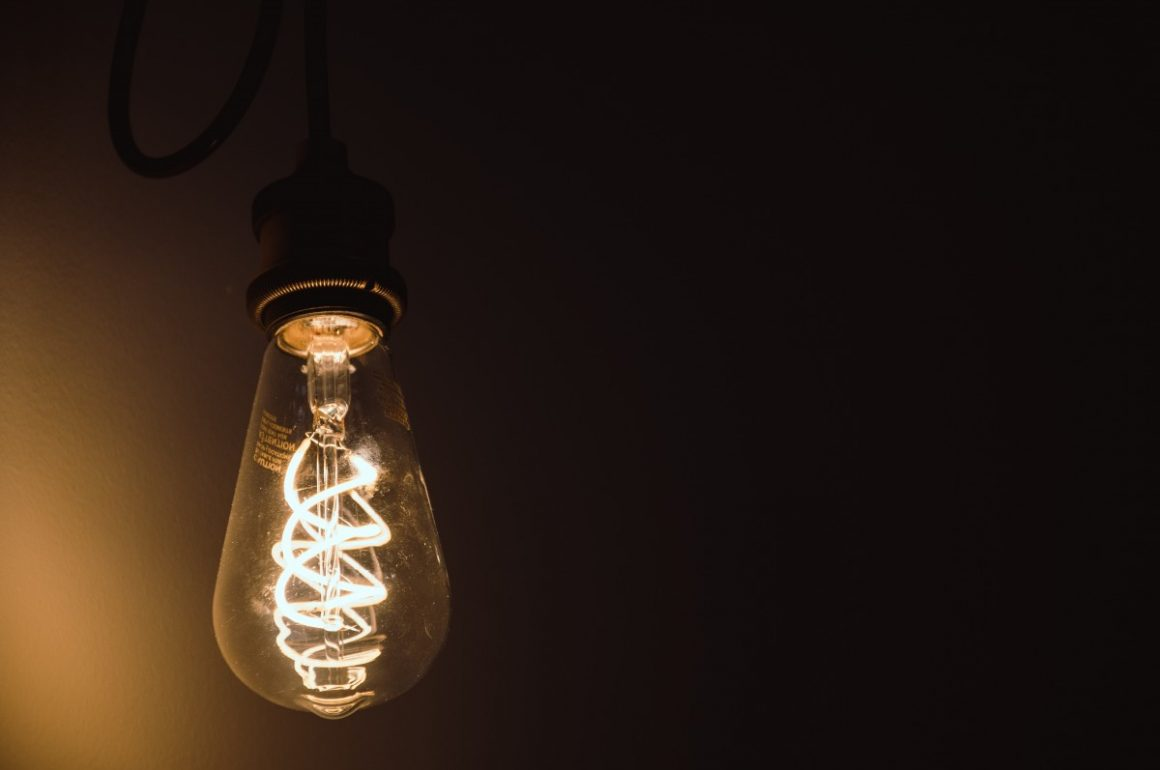 How to Get More Use Out of Your Light Bulbs